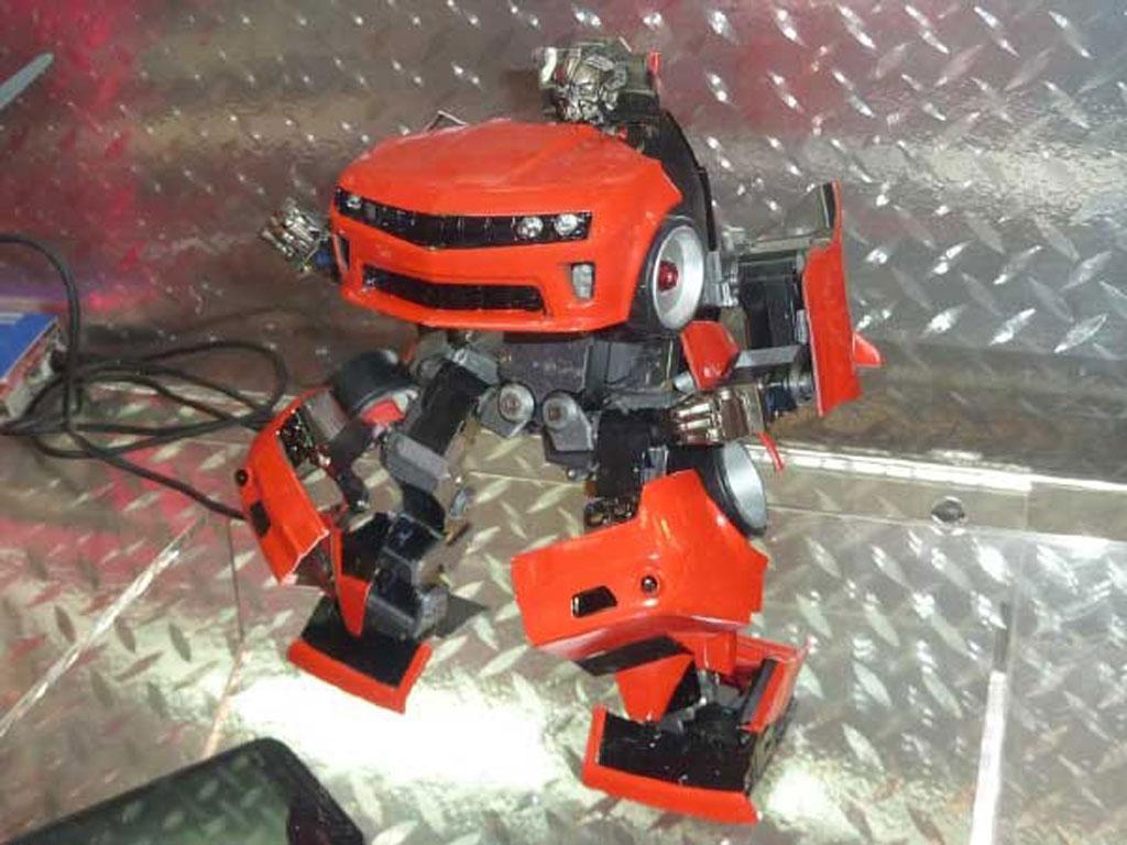 Takara Tomy Chevrolet Camaro transforming toy