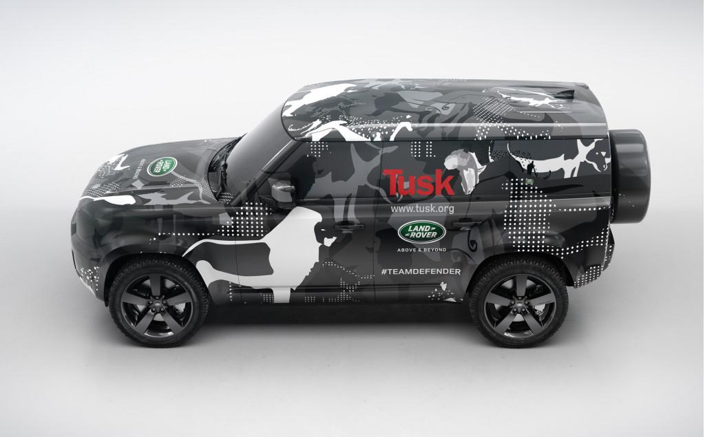 Teaser for new Land Rover Defender debuting in 2019