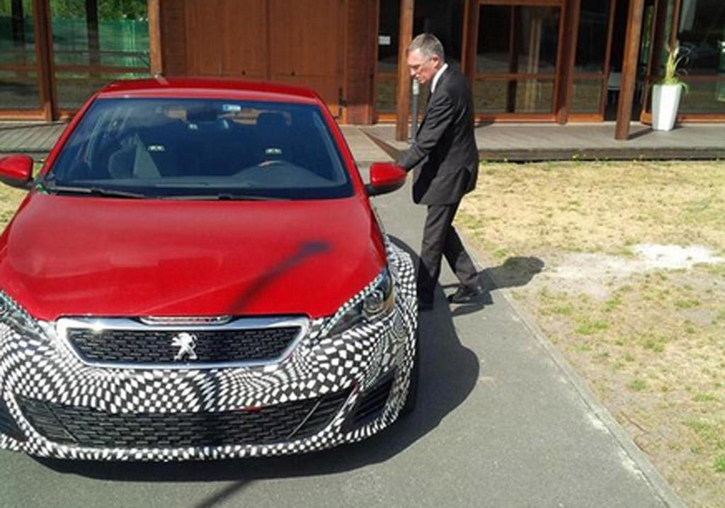 Peugeot Teases Production Version Of 500 Horsepower 308 R Hybrid Concept