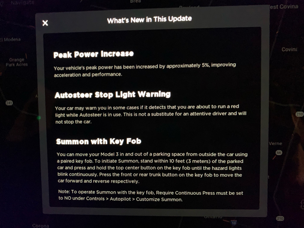 Tesla starts Hardware 3 rollout: Enhanced Summon, red-light warnings