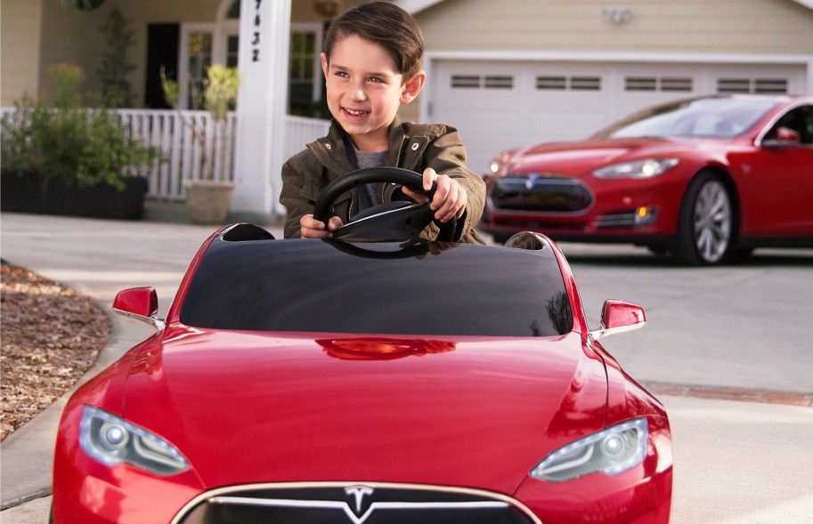 Tesla Model S Radio Flyer: Ludicrous Mode For Junior