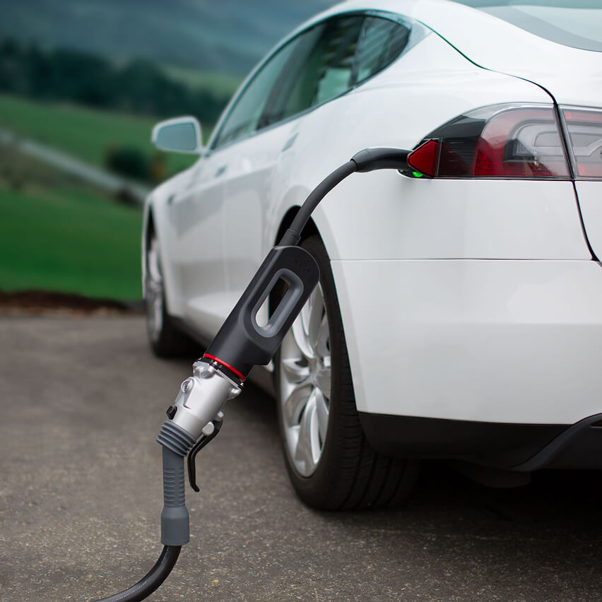 Tesla opens access to CHAdeMO chargers for Model 3 drivers