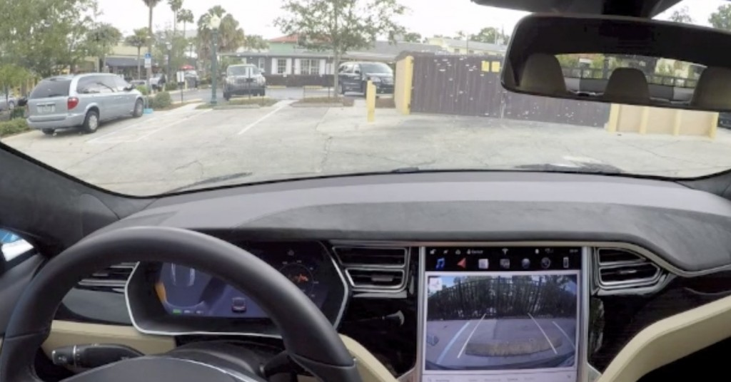 Tesla software version 10.0 rolls outs, here comes Smart Summon