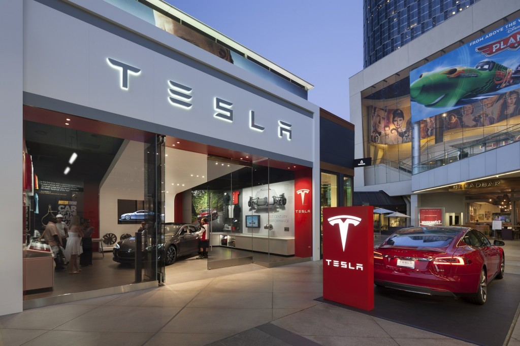 Tesla Store Los Angeles