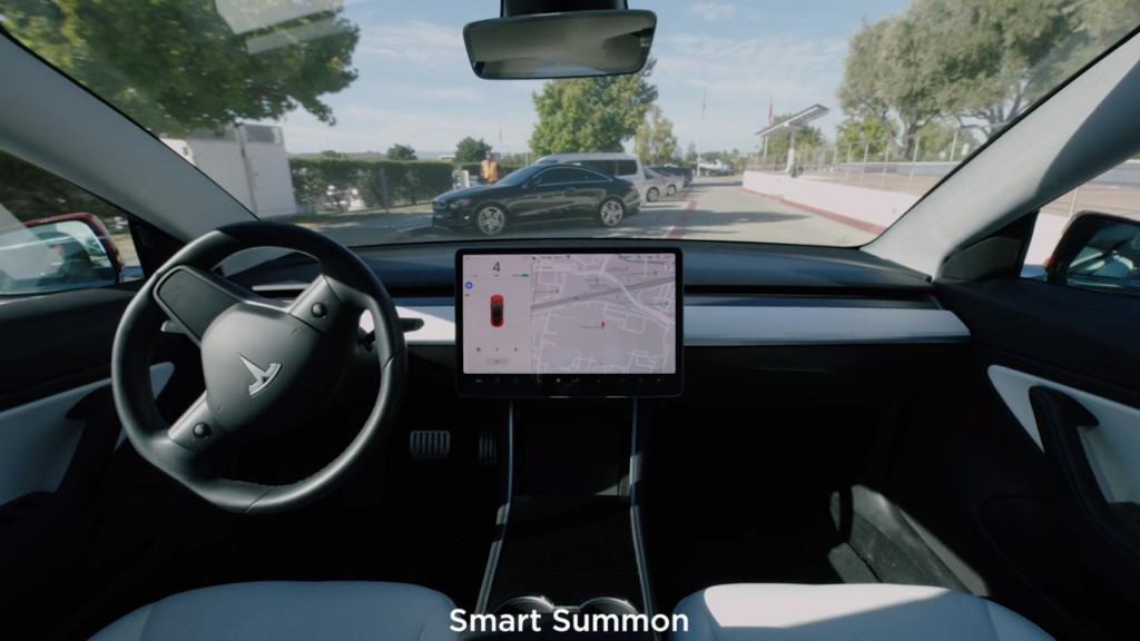 Tesla rolls out V10 software, makes Q3 sales push