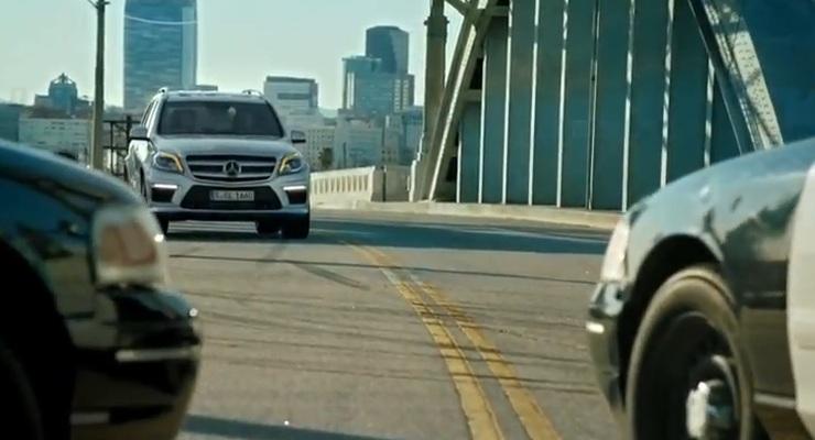 2013 Mercedes Benz Gl Class Chases Crook Outruns Cargo Van