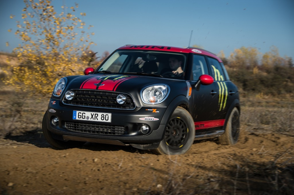 The X-raid Team's MINI Cooper Countryman support vehicle - image: BMW Group