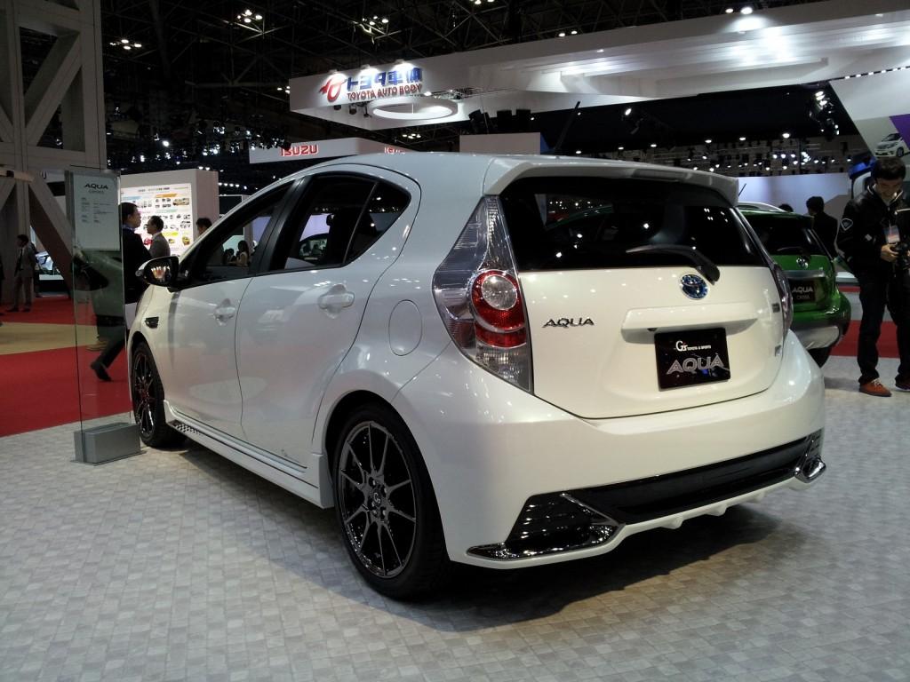 Image: Toyota Aqua G Sports Concept (Prius C) at 2013 ...