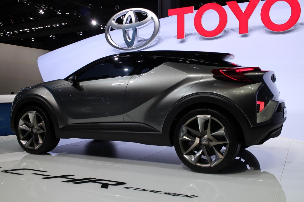 Image: Toyota C-HR Concept (2nd version), 2015 Frankfurt ...