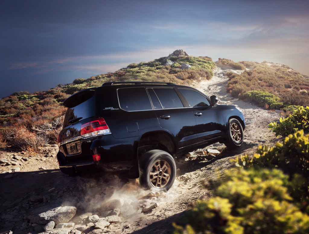 "Toyota ""committed"" to Land Cruiser for U.S."