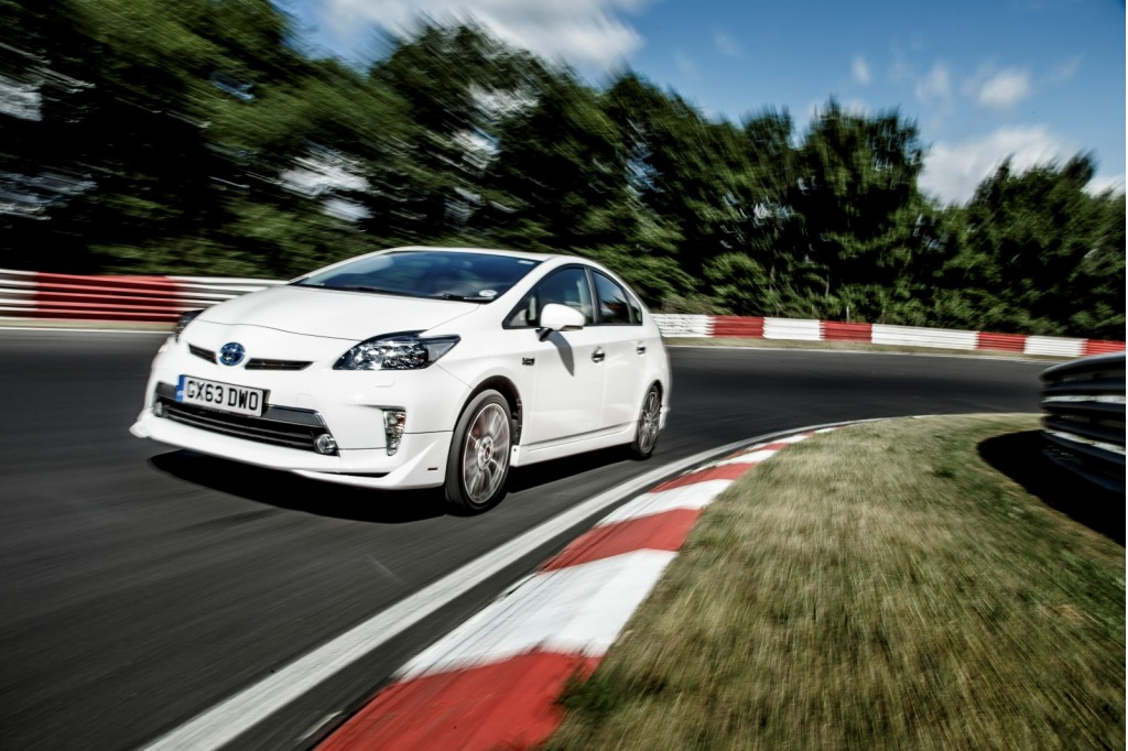 New Kind Of Nurburgring Record Toyota Prius PlugIn Sets Fuel