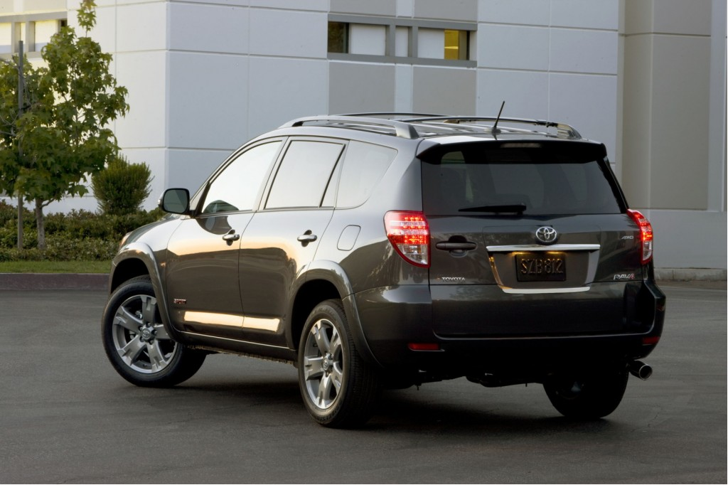 2010 toyota rav4 sport cleaner look more convenient layout. Black Bedroom Furniture Sets. Home Design Ideas