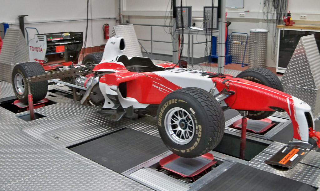 Toyota F1 knowledge used for electric race car prototype