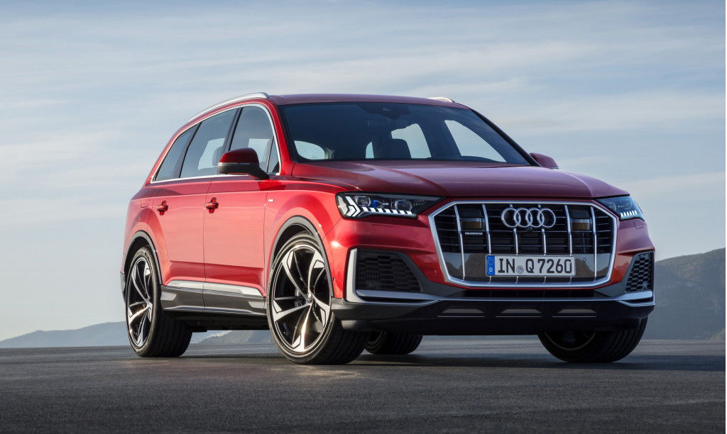 2020 audi q7 unveiled  driving the bentley continental gt v8  vw electric car batteries  what u0026 39 s
