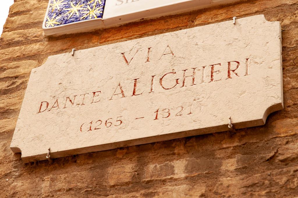 Via Dante Alighieri in Ravenna, Italy (Crossinng the Rubicone)