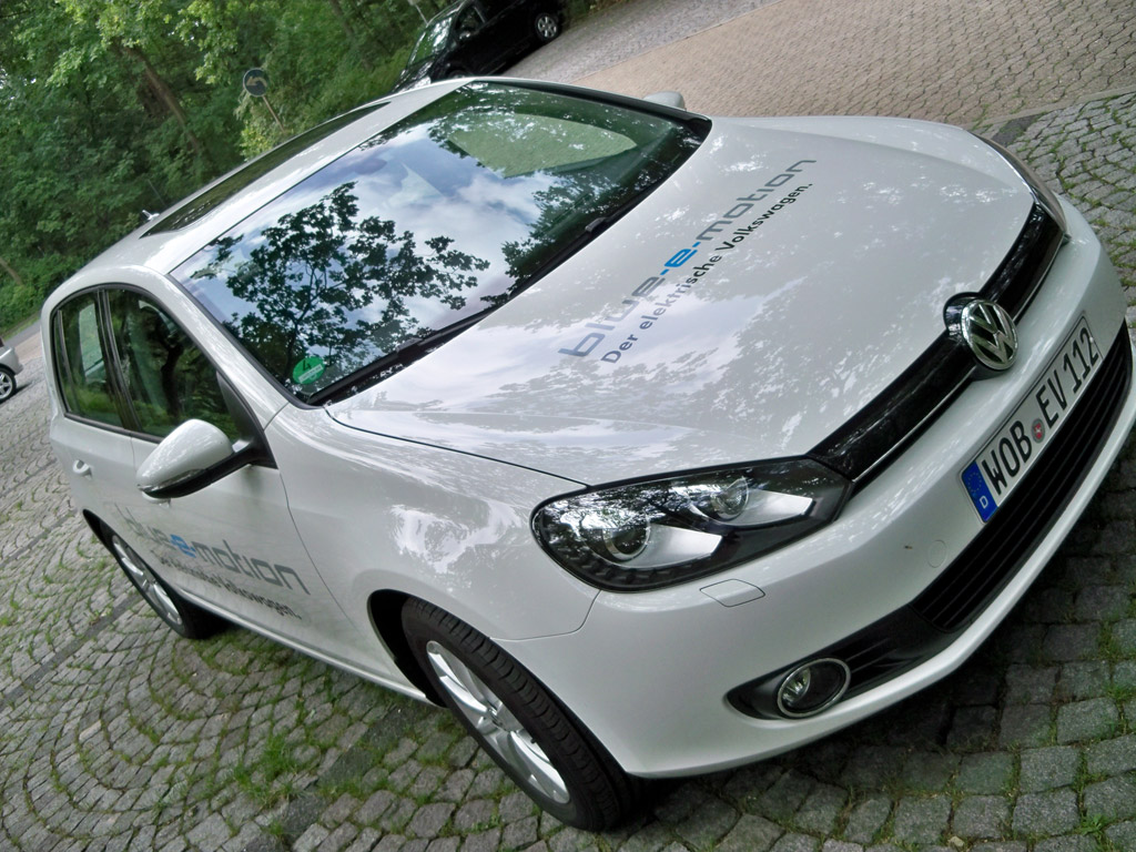 2014 Volkswagen Golf blue-e-motion prototype – Copyright High Gear Media