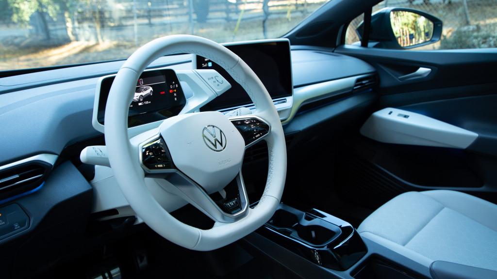 Volkswagen ID.4 prototype - California, December 2020