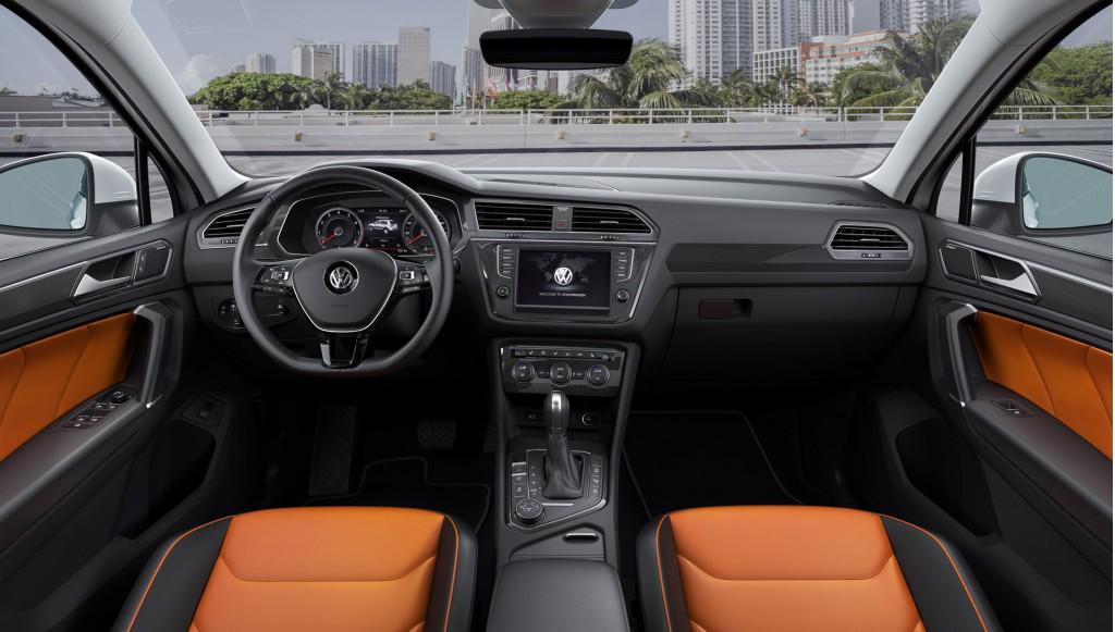 New Volkswagen Tiguan R-Line (European-spec)