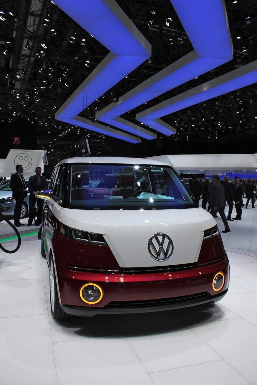 2011 Volkswagen Bulli Concept live photos