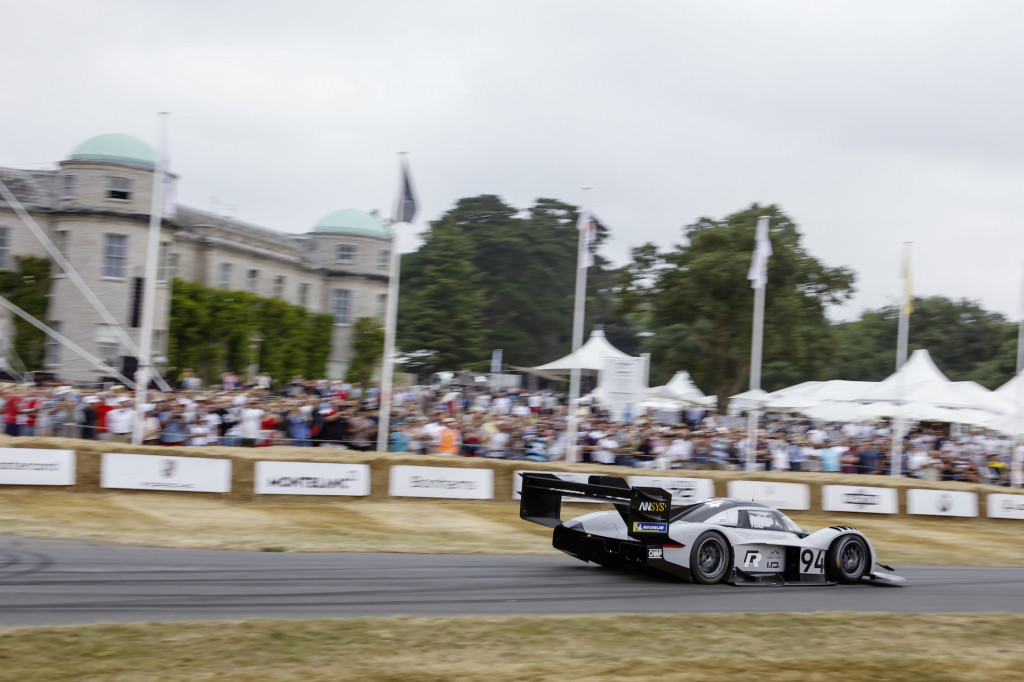 Volkswagen ID R returning to Goodwood Festival of Speed, plans to defend its hillclimb record