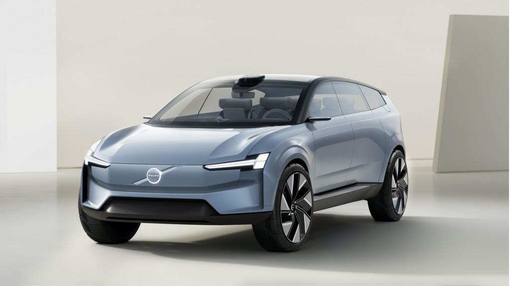 Volvo Concept Recharge - June 2021
