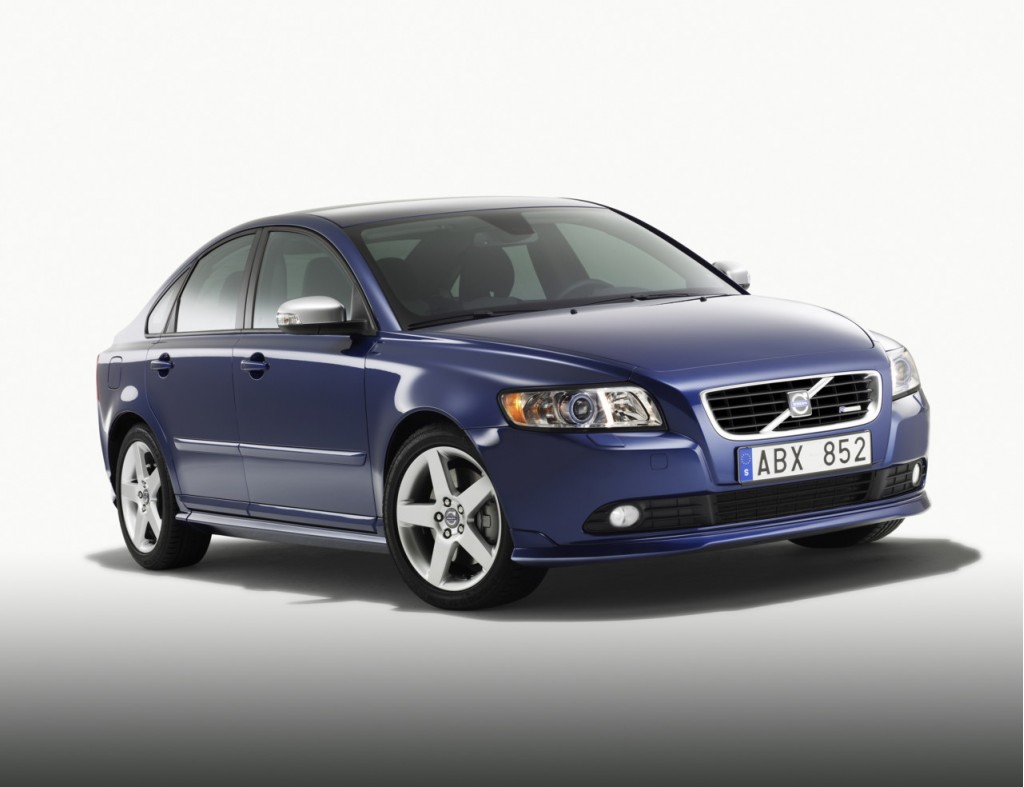 2011 Volvo S40 Recalled Due To Possible Cracks In Engine Bay
