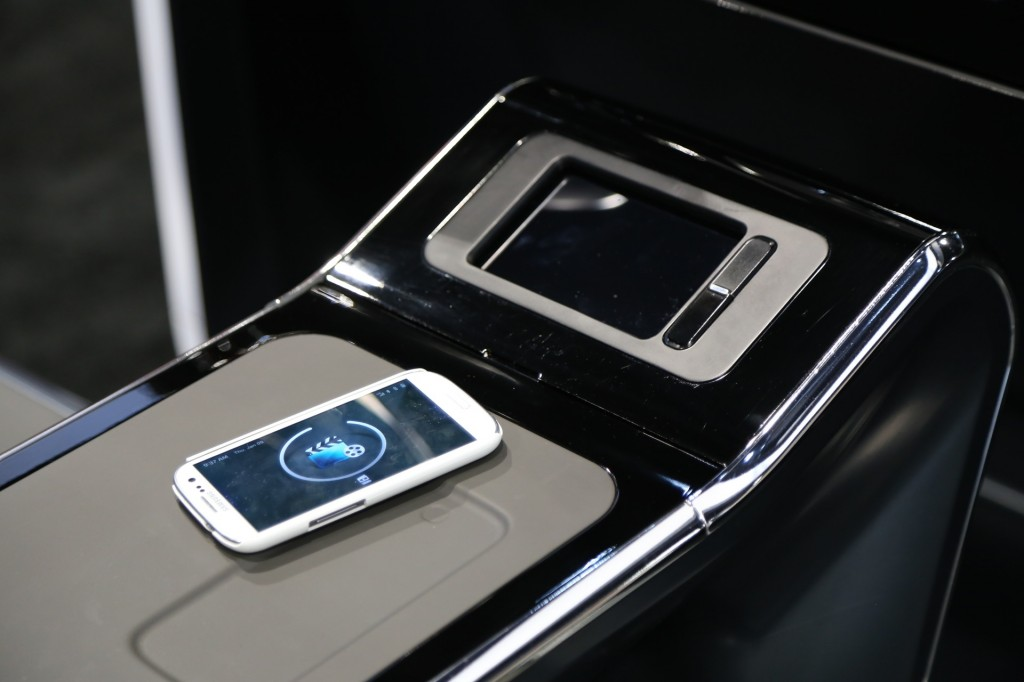 WIreless smartphone charging