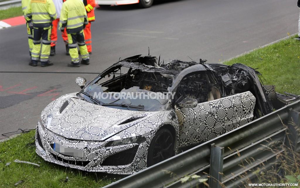 2017 Acura NSX prototype burns at the Nürburgring - Image via S. Baldauf/SB-Medien