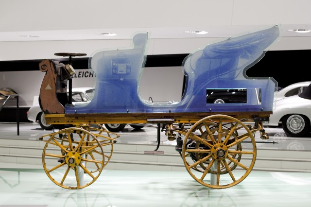 1898 'P1' electric car designed by Ferdinand Porsche