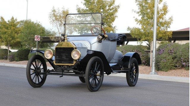 1915 Ford Model T from the Rogers' Classic Car Museum collection