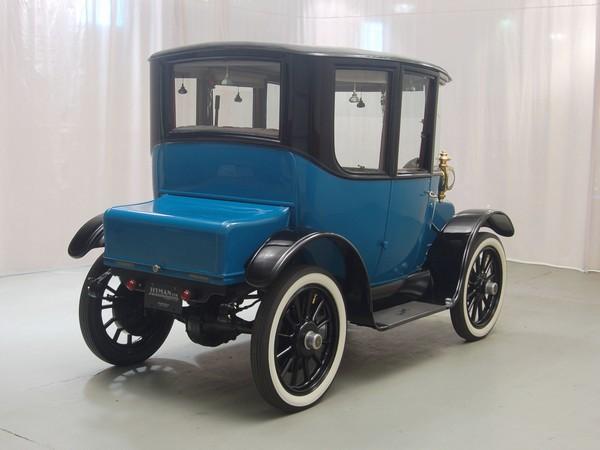 Rauch Lang Electric Car
