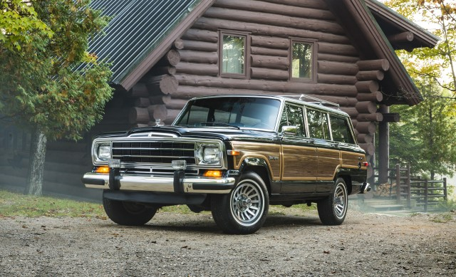 Jeep Grand Wagoneer >> Jeep S Range Topping Grand Wagoneer Could Nudge 140k Says Ceo