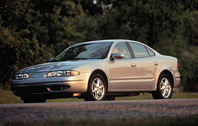 New And Used Oldsmobile Alero Prices Photos Reviews Specs The Car Connection