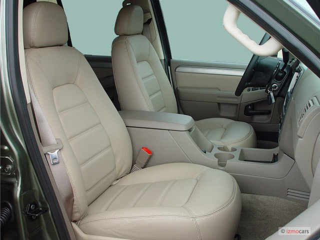 Xlt Front Seats 2005 Ford Explorer 4 Door 114