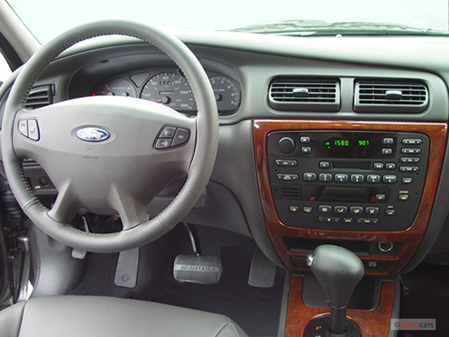 Image 2003 Ford Taurus 4 Door Sedan Sel Premium Dashboard