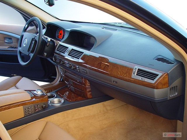 2003 BMW 7 Series 745Li 4 Door Sedan Dashboard