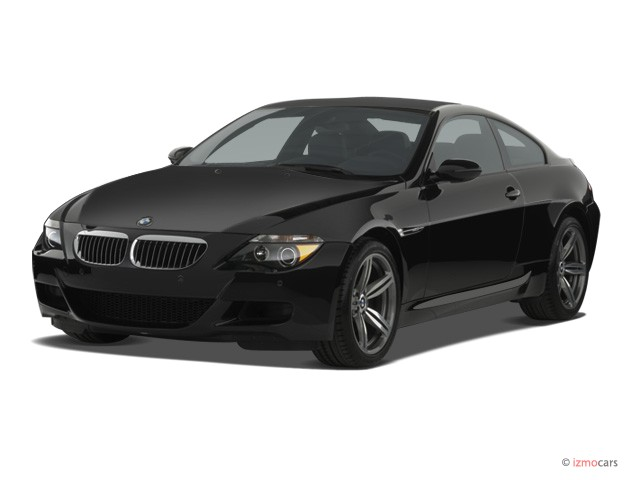 2006 BMW 6-Series 2-door M6 Coupe Angular Front Exterior View