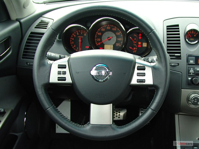 image 2006 nissan altima 4 door sedan 3 5 se r auto steering wheel size 640 x 480 type gif. Black Bedroom Furniture Sets. Home Design Ideas