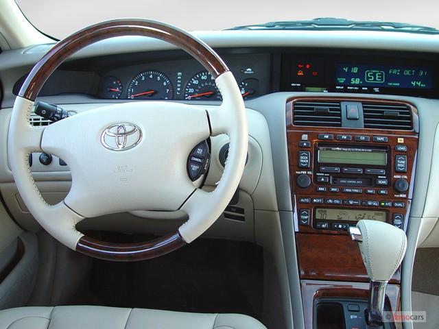 Image Toyota Avalon Door Sedan XLS WBucket Seats Natl - 2001 avalon