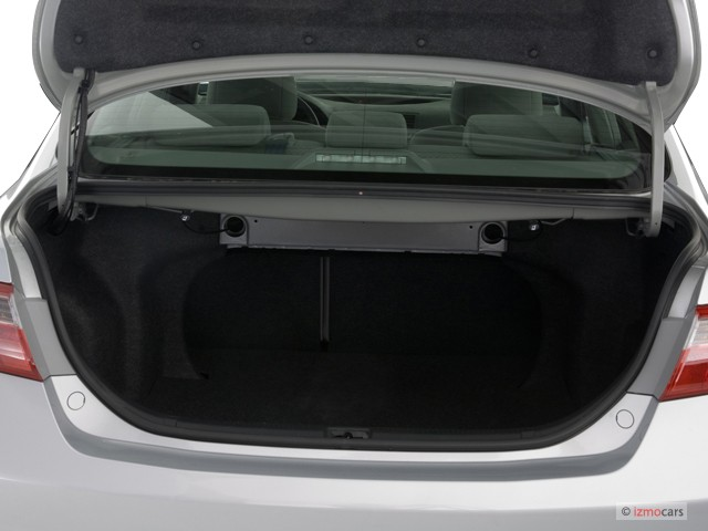 Image: 2007 Toyota Camry 4-door Sedan I4 Auto LE (Natl ...