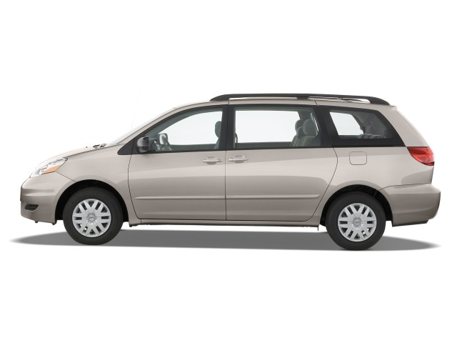 Side Exterior View - 2010 Toyota Sienna 5dr 8-Pass Van CE FWD (Natl)