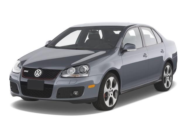 2008 Volkswagen GLI 4-door Sedan DSG PZEV Angular Front Exterior View