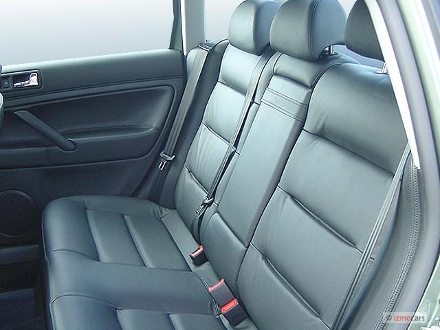 2003 Volkswagen Passat 4-door Sedan GLS Manual Rear Seats