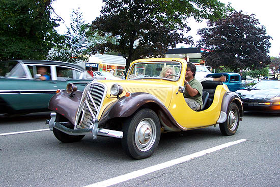 2001 Dream Cruiser 1955 Citroen Traction Avant