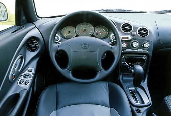 Image 2001 Hyundai Tiburon Interior Size 550 X 373