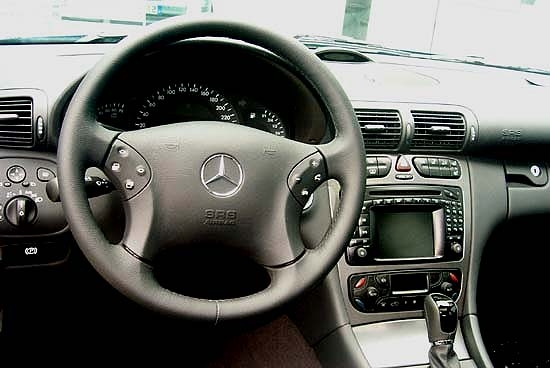 Image: 2001 Mercedes-Benz C-Class interior, size: 550 x ...