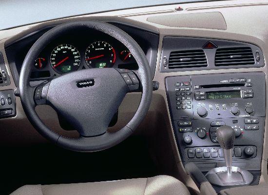 Image: 2001 Volvo S60 T5 interior, size: 550 x 400, type: gif ...