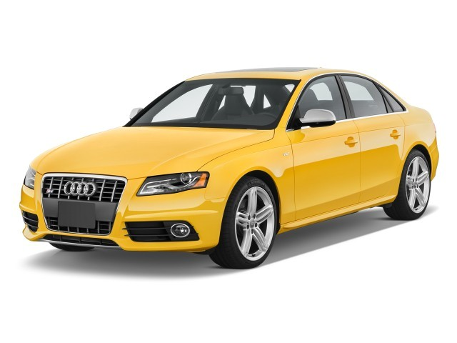2010 Audi S4 4-door Sedan Manual Premium Plus Angular Front Exterior View