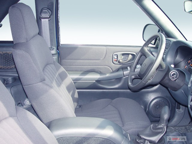 Image: 2005 Chevrolet Blazer 2-door Front Seats, size: 640 x 480, type: gif, posted on: May 6 ...