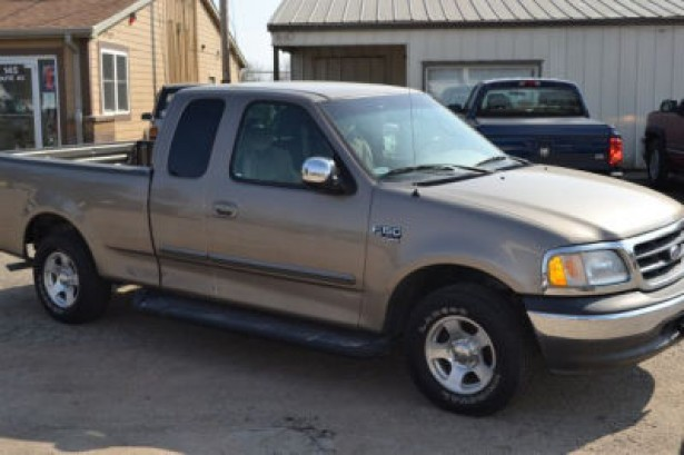2002 Ford F-150 XLT used car